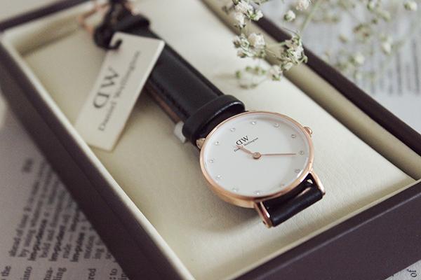 Jam tangan wanita branded 2021