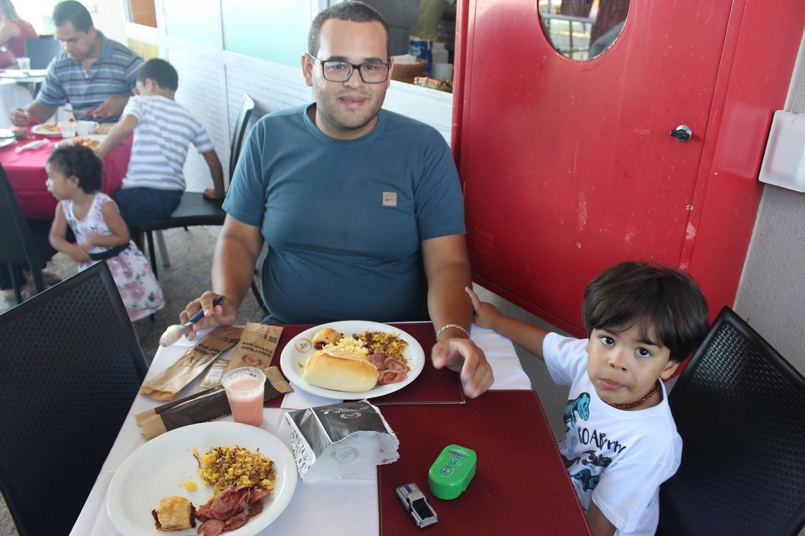 IMG 3632 - Dia 12 de maio dia das Mães no Jardins Mangueiral foi com muta diverção e alegria com um lindo café da manha