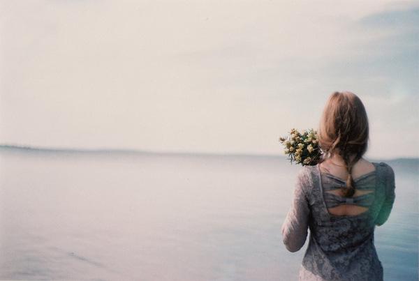 Chùm thơ tháng 7, bài thơ tình tháng bảy mưa ngâu ảm đạm