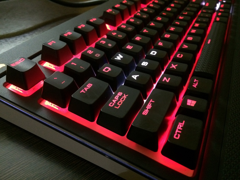 how to change corsair strafe keyboard color