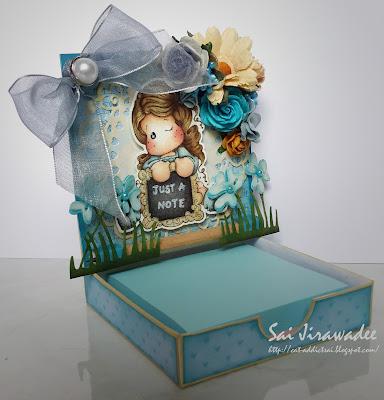 Magnolia Easel Box