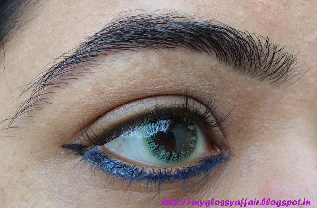 Blue eyeliner tutorial