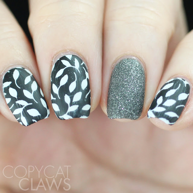 The Digit-al Dozen does Accent Nails - Matte Black and White Stamping