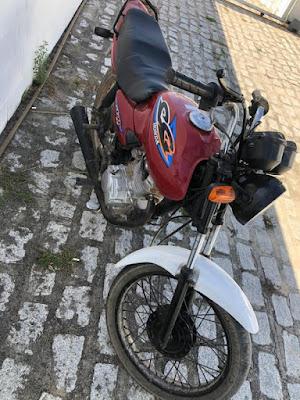 CISP de Ouro Branco/AL recupera motocicleta roubada no centro da cidade