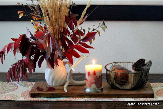 autumn decor, fall centerpiece, natural, organic, rustic, wire basket, http://bec4-beyondthepicketfence.blogspot.com/2015/09/ushering-in-autumn-bit-by-bit.html