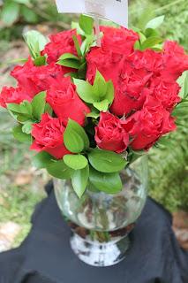 Dekorasi Bunga Dalam Vas Tinggi