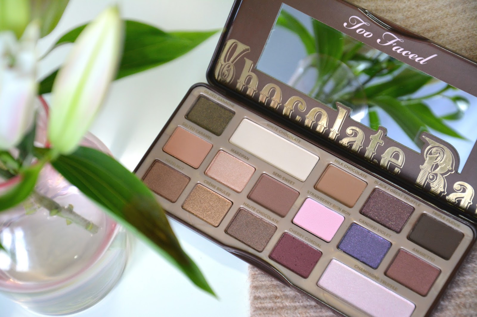 Too Faced The Chocolate Bar Eyeshadow Palette; Fresh Lilies