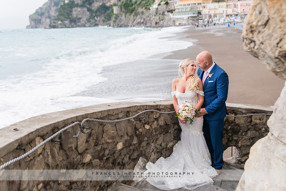 Bride & groom in Positano