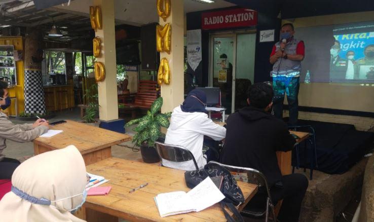 Karo Radio Elshinta Bandung Jadi Pemateri RBS tentang Program Berita