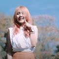 Lirik Lagu Yessy Diana - Berondong