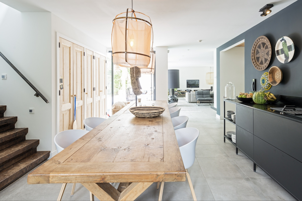 A metal kitchen by KeukenMeyt & 10 reasons why to work with them