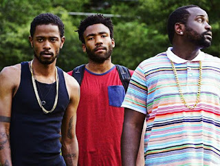 In ordine da sinistra destra Darius interpretato da Keith Stanfield, Earnest interpretato da Donald Glover e Alfred interpretato da Brian Tyree Henry.