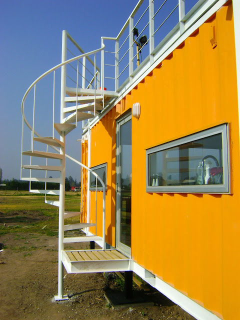 Earthquake-Resistant Modular Shipping Container Home 10