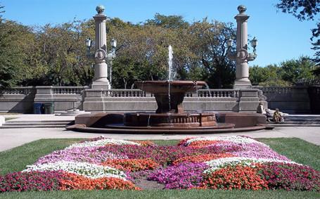 Grant Park e Buckingham Fountain na primavera em Chicago