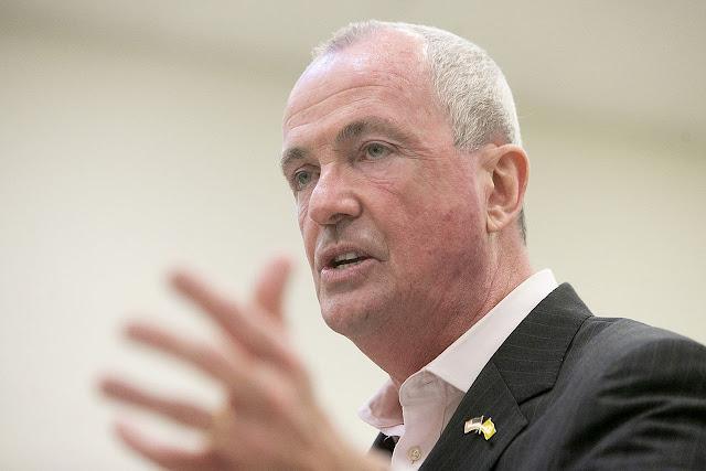 حاكم ولاية نيوجيرسي يعلن حالة الطوارئ بسبب إعصار اسياس