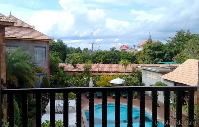 Hotel Model Angkor en Siem Reap - Camboya, piscina