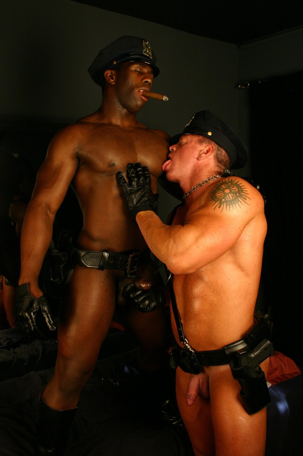 Aden Taylor Myvidster Gay Porn tauro smoking hunks | gay fetish xxx