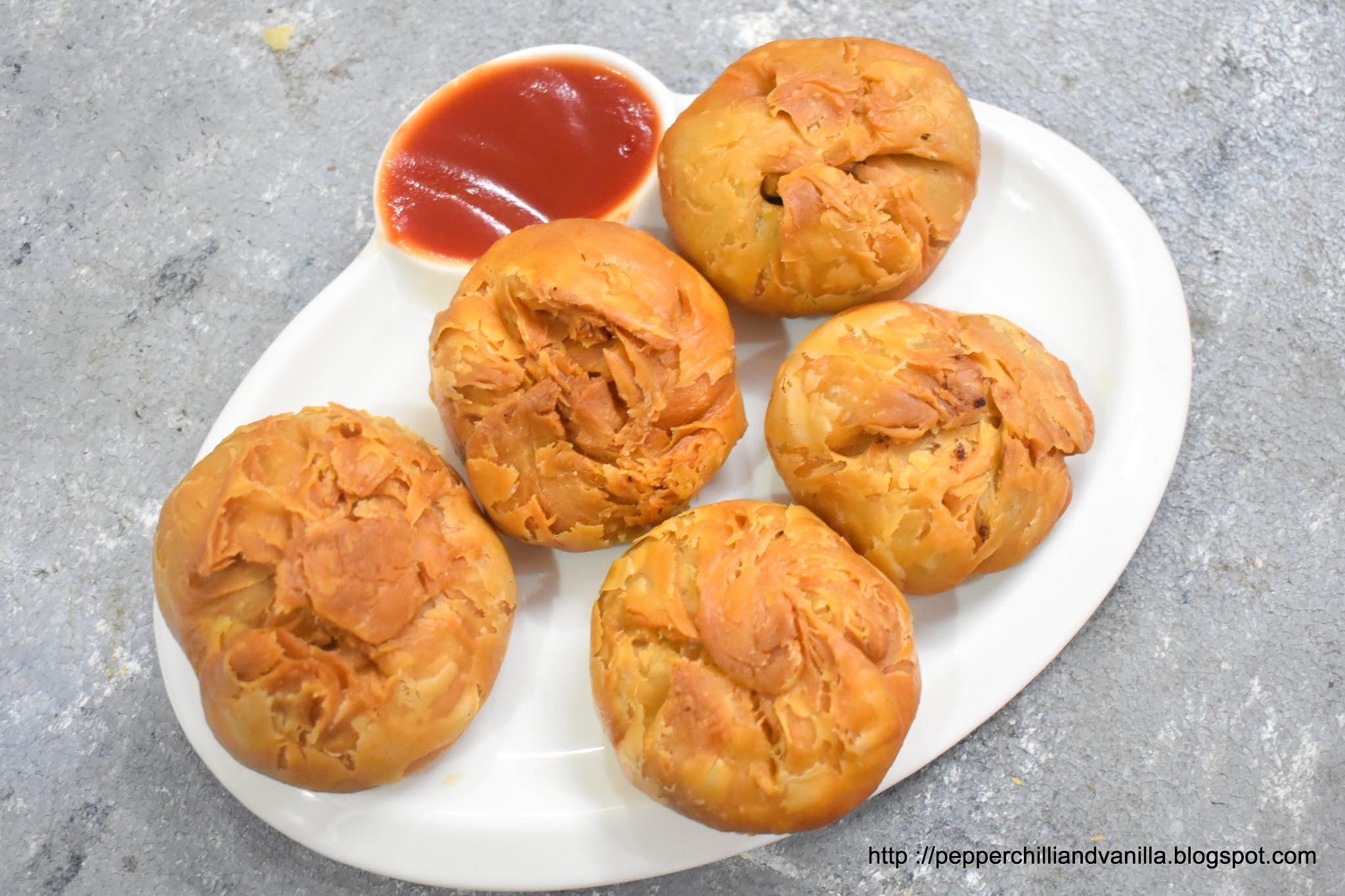 iftaar special snacks,ramzan snacks,kachori,keema kachori ,pakistani kachori