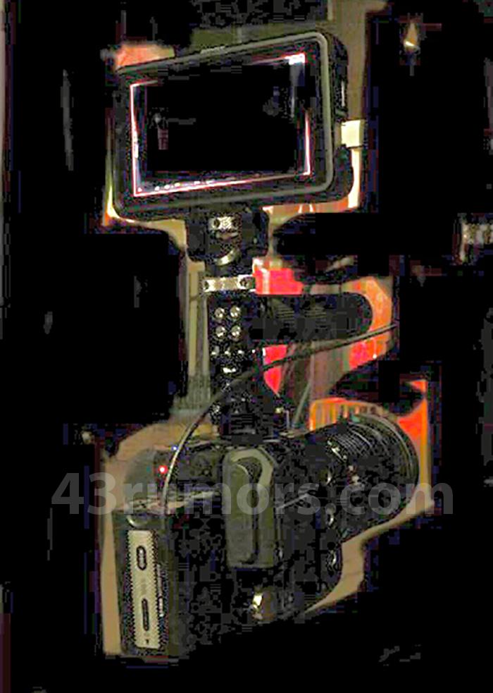 Цифровая кинокамера Panasonic DC-BGH1