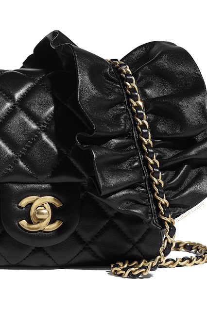 Black Chanel flap bag #brilliantluxury