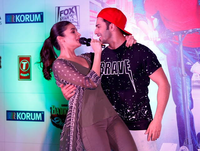 "Movie promotion of ""Badrinath Ki Dulhania"" at KORUM Mall"