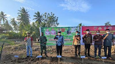Hijaukan Wajo, Amran Mahmud Kembali Ikut Penanaman Sejuta Pohon di Desa Ujung Pero