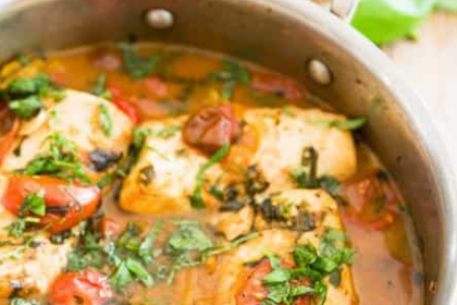 EASY POACHED FISH IN TOMATO