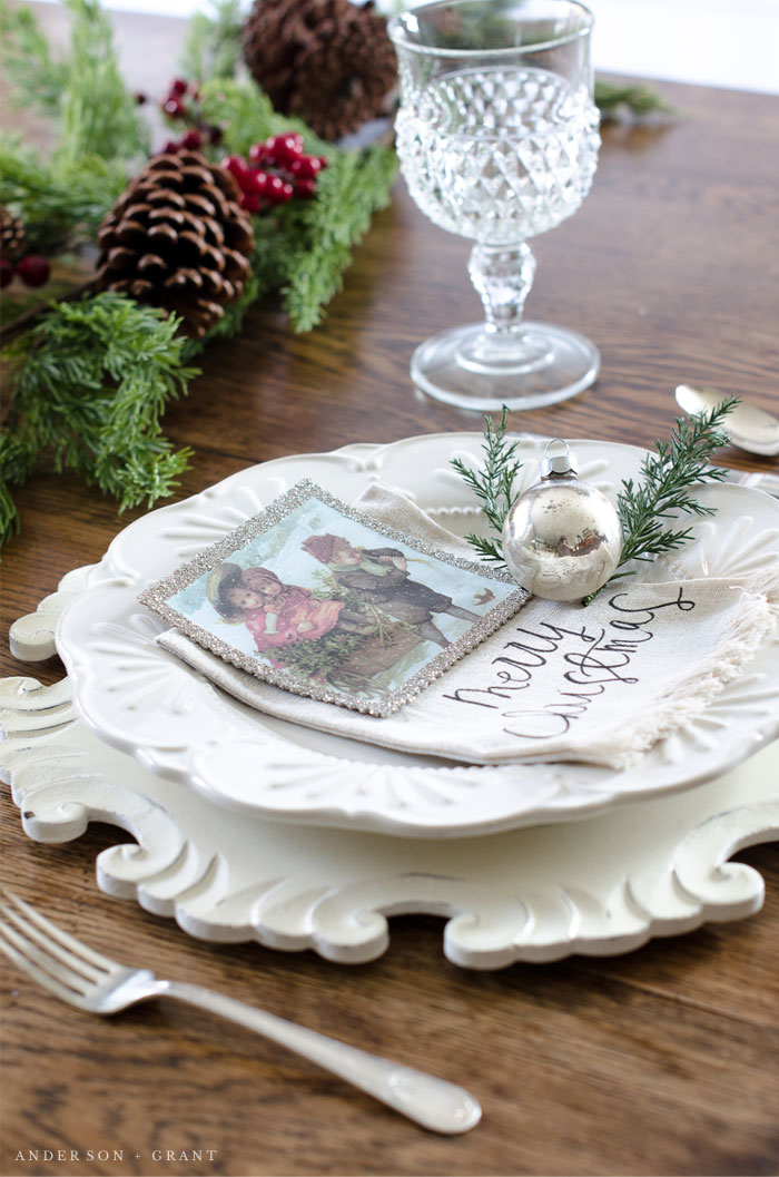Farmhouse Style Christmas table | www.andersonandgrant.com