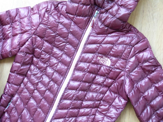 Cómo lavar un plumas o plumífero en casa, chaqueta Thermoball The North Face