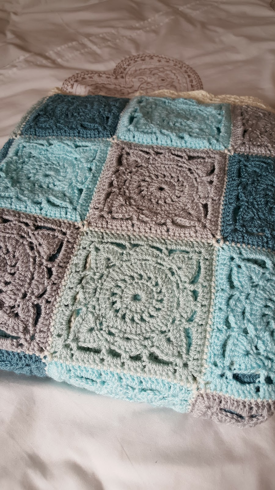 Life In My Houseful Of Boys Makings Crochet Willow Square Blanket