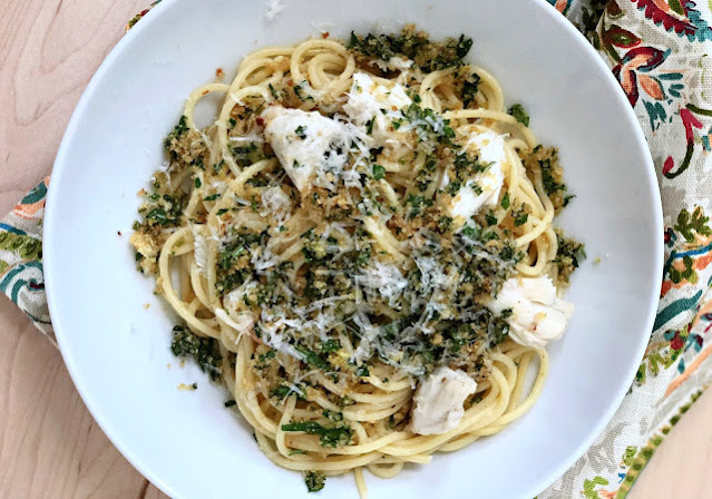 Jumbo Lump Crabmeat and Spaghetti with a Lemon Gremolata and Toasted Breadcrumbs. Restaurant quality dish yet quick and easy #weeknightmeal  Can be #dairyfree