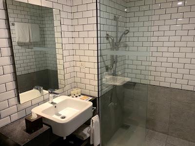 Bathroom of the Queen Deluxe Room, Hilton Garden Inn Kuala Lumpur North
