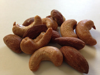 Mixed Nuts: Cashews and Almonds