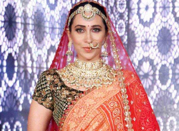 karisma kapoor latest pic