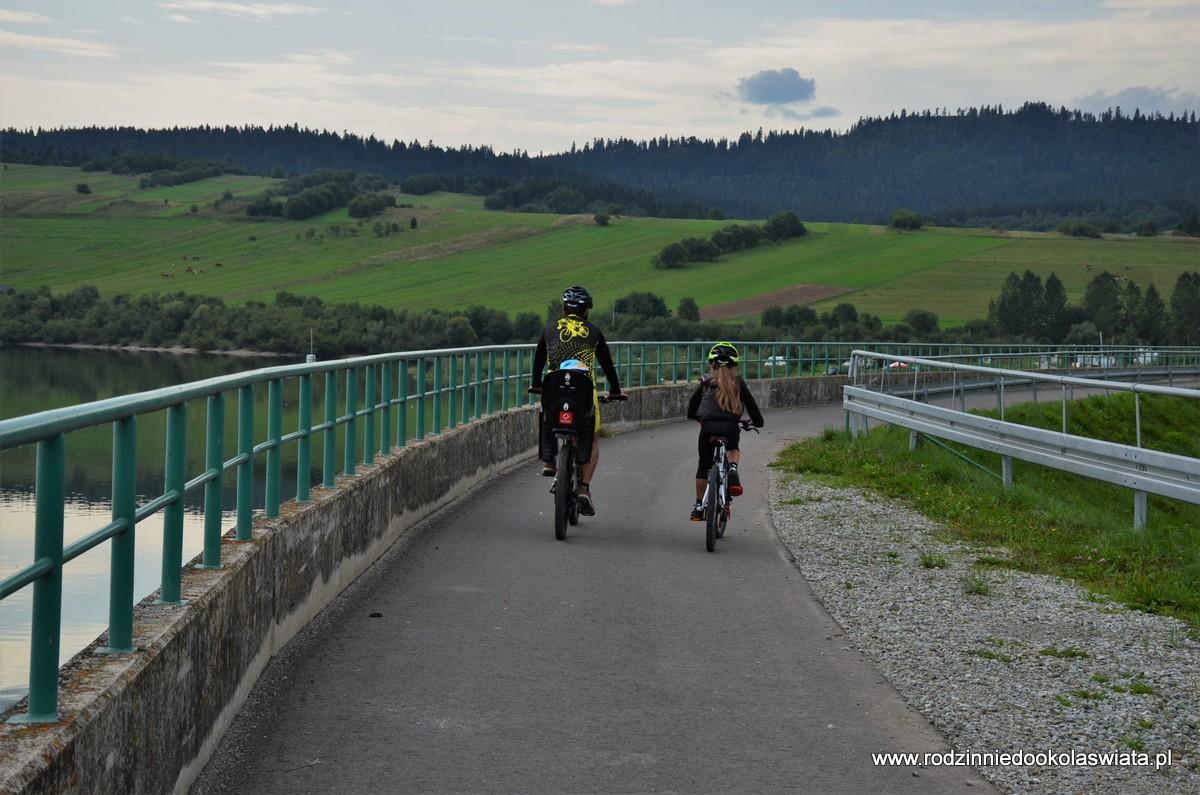 Rowerem wokół jeziora czorsztyńskiego
