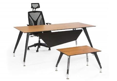 Moden Ofis Çalışma Masası