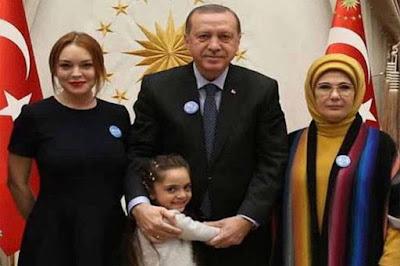 Bertemu Presiden Erdogan, Lindsay Lohan Bahas Pengungsi Suriah