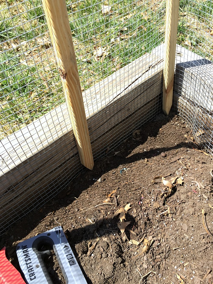 How to Make a DIY Vegetable Garden Fence