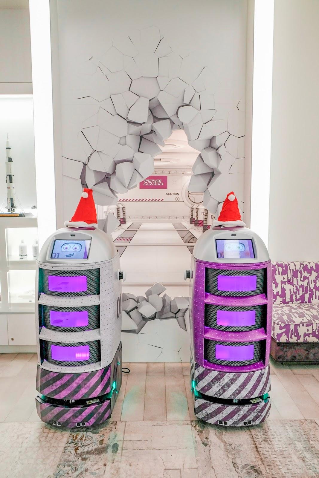 robots at yotel singapore