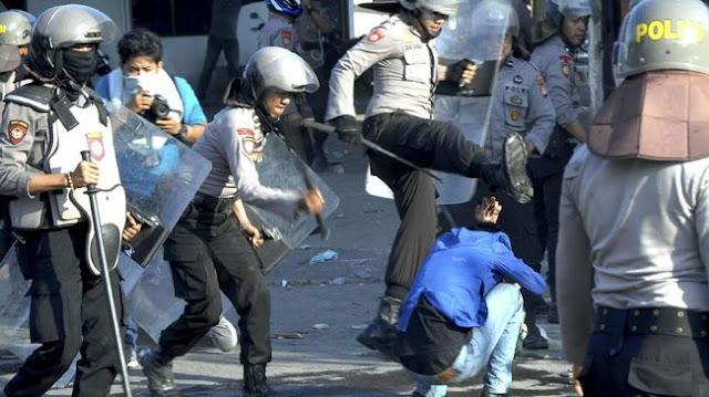 Dalam Setahun di Era Jokowi, Polisi Lakukan 921 Kekerasan dan Pelanggaran HAM