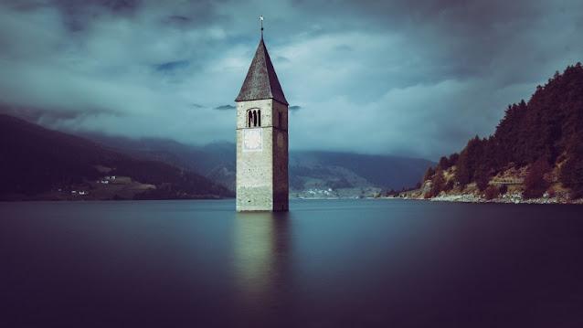 Curon-Venosta-Lago-di-Resia