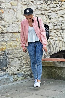 pink_bomber_jacket_sheinside_karyn_12