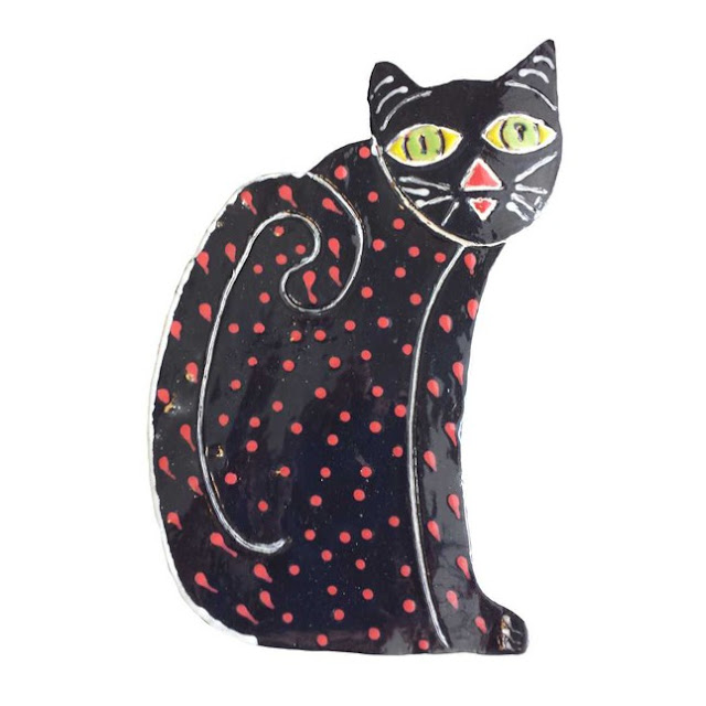ceramic cat wall decor