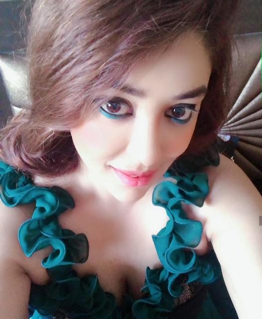 Payal Gosh Photos
