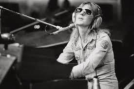 The Curse of Fleetwood Mac: February 2014