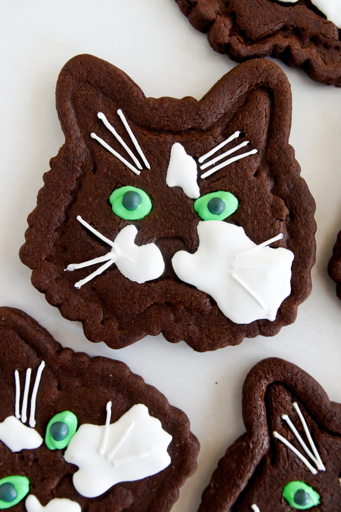 custom kitty cookie cutters