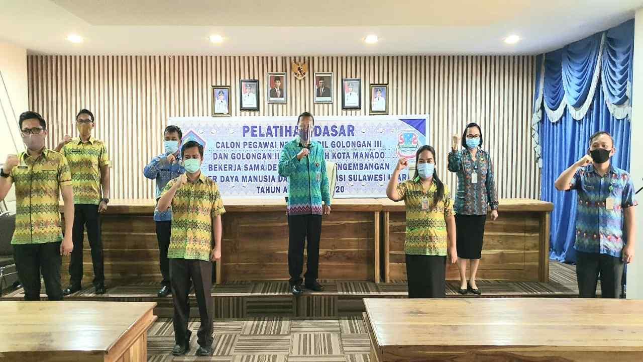 Micler Lakat Tutup Kegiatan Pelatihan Dasar CPNS Pemkot Manado