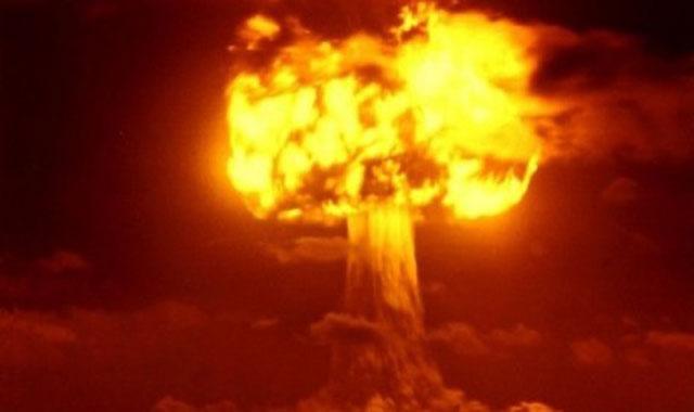 Meledakkan Bom di Langit Untuk Menciptakan Hujan