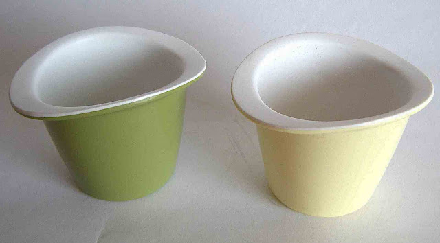 1959 Melawear egg cups