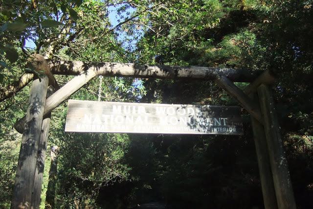 muir-woods-national-monument-entrance ミュアウッズ国定公園入り口